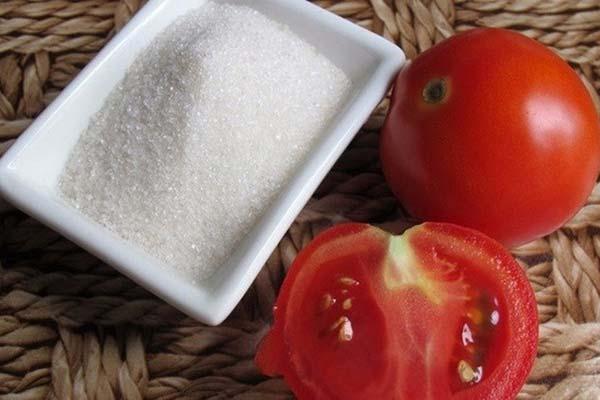 làm đẹp bằng cà chua