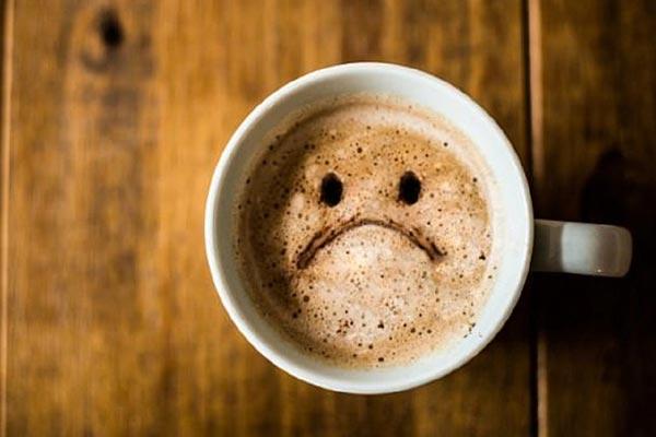 uống cà phê bị say